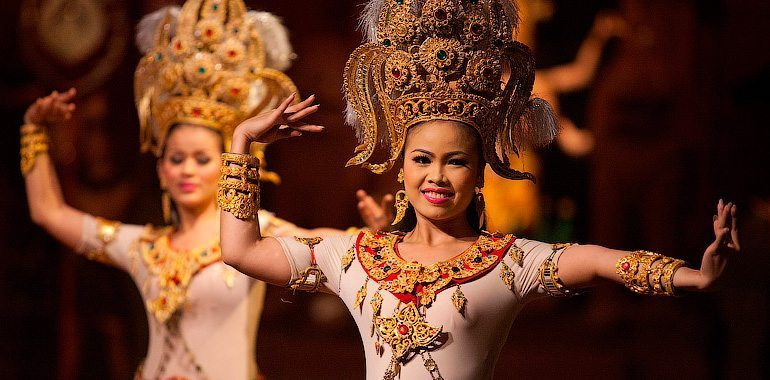 dance performance phuket events