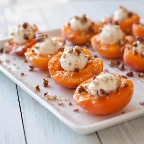goat cheese apricos